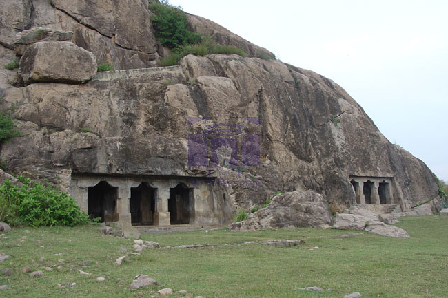 Kanchipuram sub circle monumentss archaeological survey for Archaeological monuments in india mural paintings